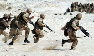 Voraussetzung für den Notstand ist der Verteidigungfall - ein militärischer Angriff, kein Krankheitsausbruch.